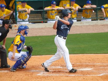 Joe Jackson had 5 RBIs in Friday's win