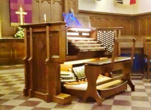 chapelOrgan